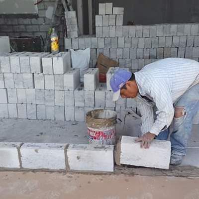 desplante de muros de block