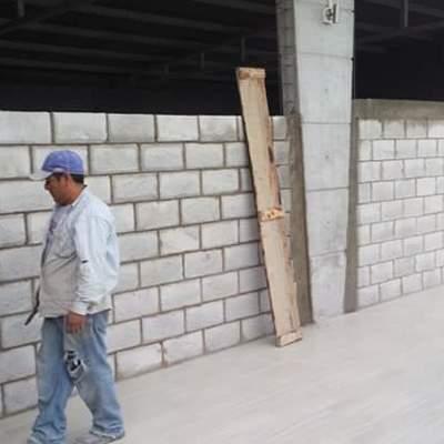 preparación de castillos para muros