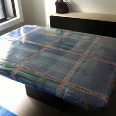 Emplayado * cobertor y hule plastico