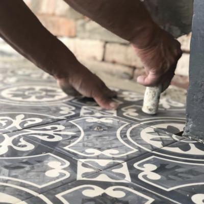 Colocación mosaico vintage cocina Bosque Real