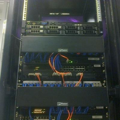 Rack instalacion terminado SITE cableado estructurado