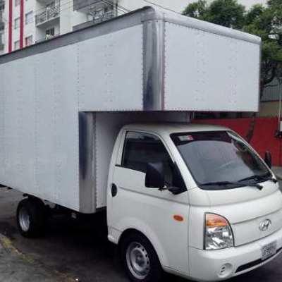 Camion de 1 tonelada caja seca