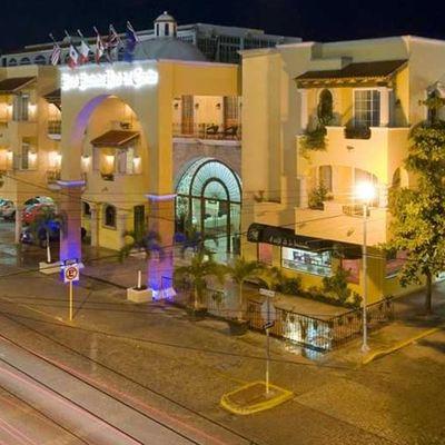Hotel Hacienda Real del Caribe - Playa del Carmen - fachada frontal