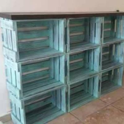 librero reciclado