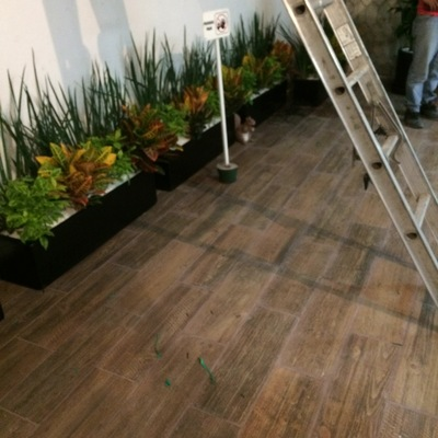 Piso tablón imitación madera