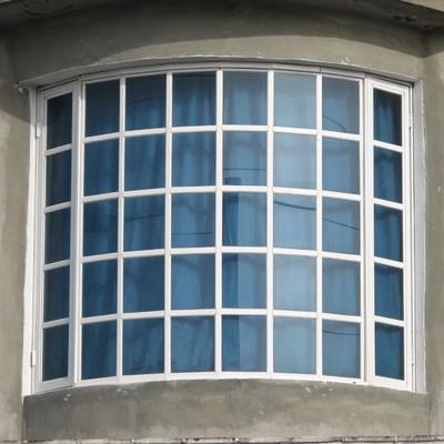 ventana curva