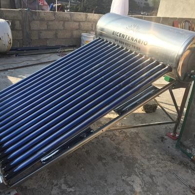 Instalación de Calentador Solar de 16 Tubos al Poniente de CDMX