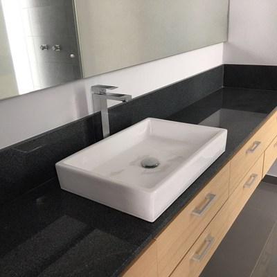 Cubierta de baño de granito