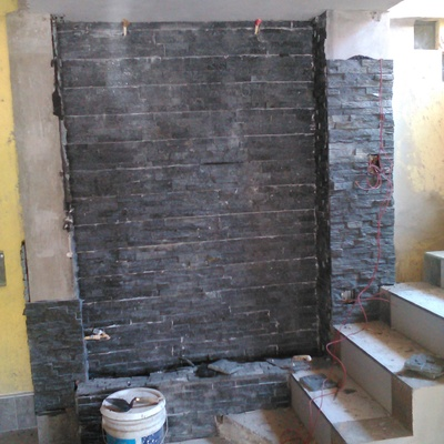 colocacion  de muro lloron casda  en piedrin
