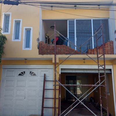 Remodelacion de fachada (balcon)