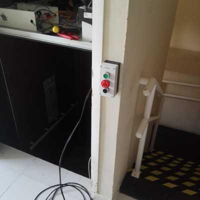 elevador clinica hemodialisis