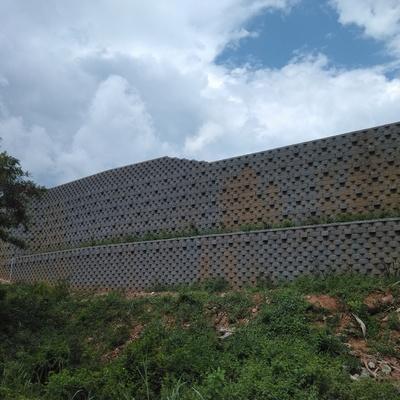 Muro de contencion keystone de 10 m de altura en Ixtapa Guerrero