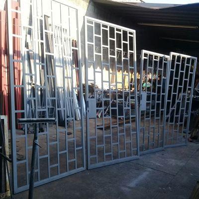 Puertas en Herrería