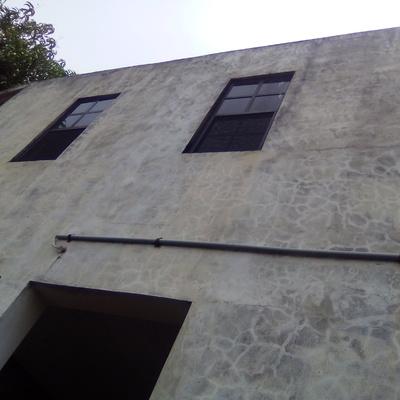 Limpieza de muros para eliminaacionde hongos y salitre