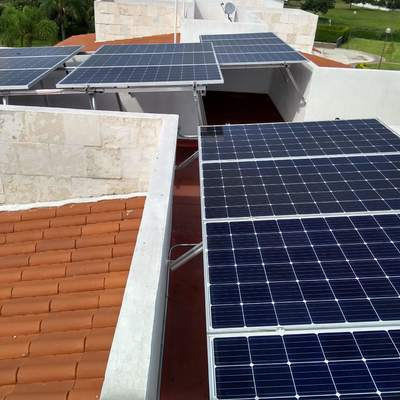 Paneles Solares en Paraiso Country Club