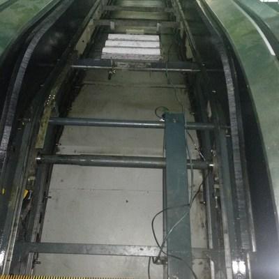 Hueco de escalera electrica