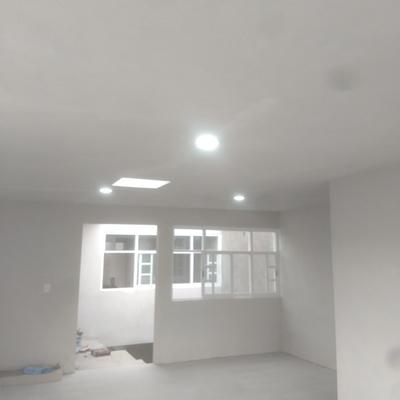 Lámparas LED con apagadores de escalera