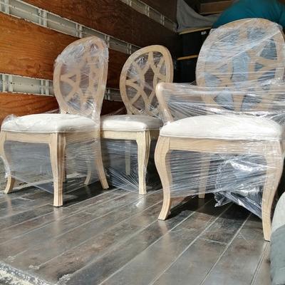 Protección de sillas de madera.