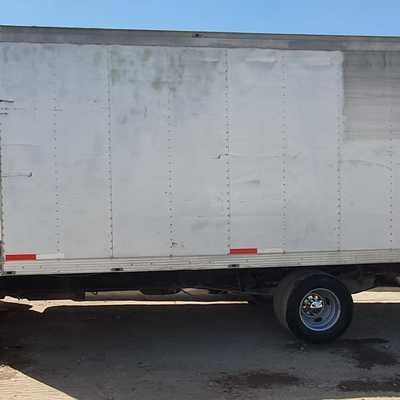 Camioneta 3.5 toneladas caja seca
