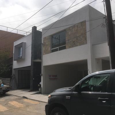 Casas J114 Y J112