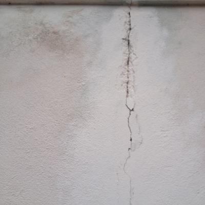 Reparación de grietas y humedades