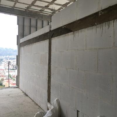 muro concreto celular con castillos y dalas