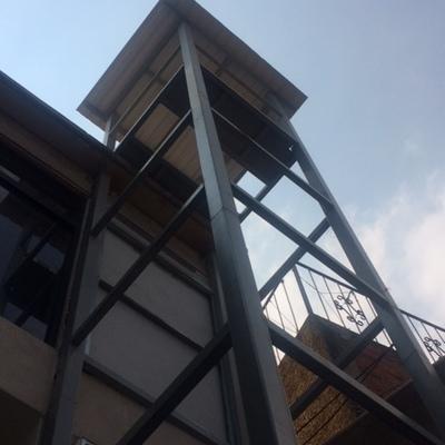 Elevador en desarrollo de 3 paradas en Hogar