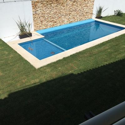 Jardin y Alberca