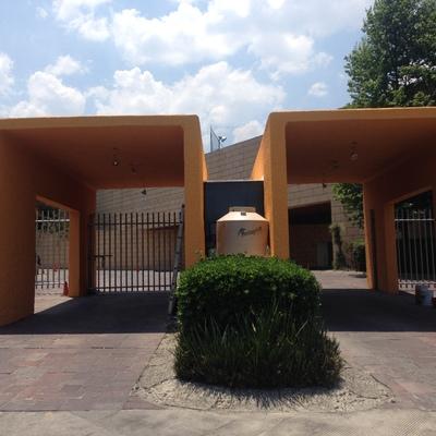 Caseta de Acceso a Condominio Horizontal