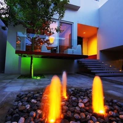 Fachada e iluminacion