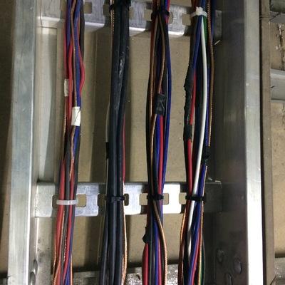 Charola de cables