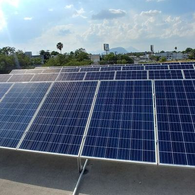 Instalación de paneles solares en edificios (SFV)