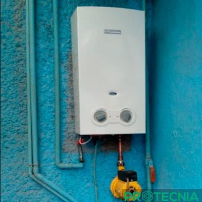 Instalación de Calentador de Paso y Bomba Presurizadora