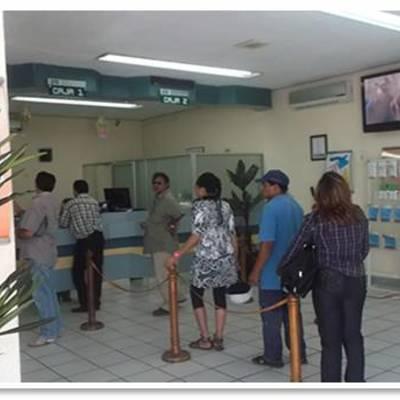 Interior de agencia comercial CFE