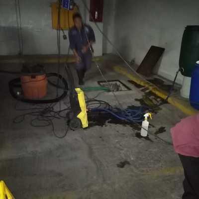 Lavado de cisterna en Condominio Musset Polanco