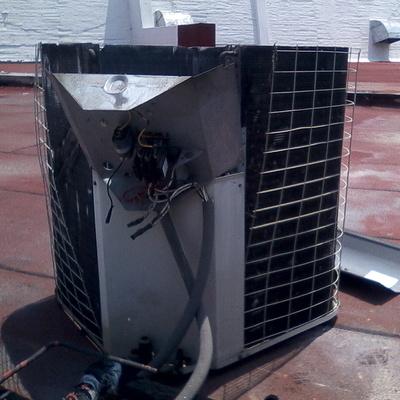 Mantenimiento y reparación a equipos de aire acondicionado