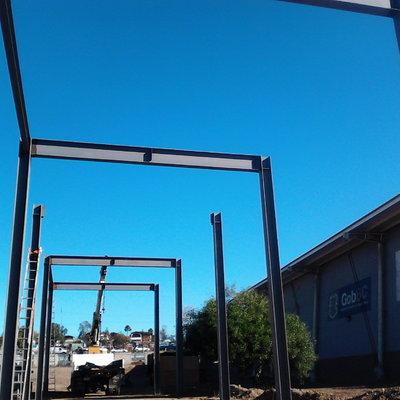 montaje de estructura, gimnacio rosarito bc