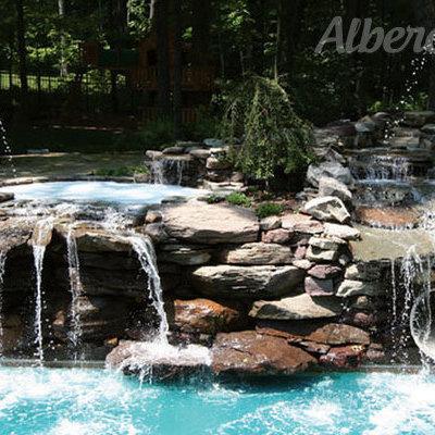 Multiple cascadas para alberca