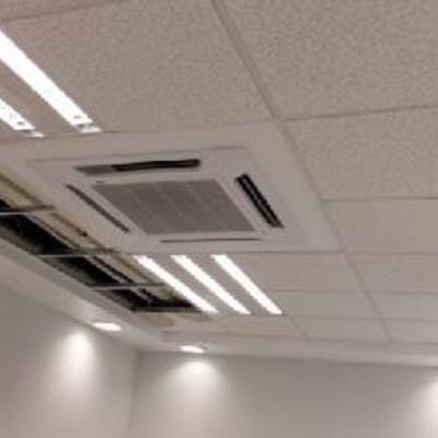 Falso plafon; aire acondicionado