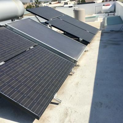 Paneles Solares a 1 metro del Pretil