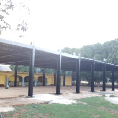 Perspectiva de estructura metálica El Trébol