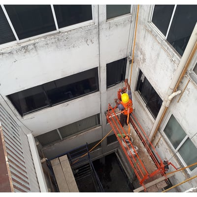 Proceso de mantenimiento de fachada.