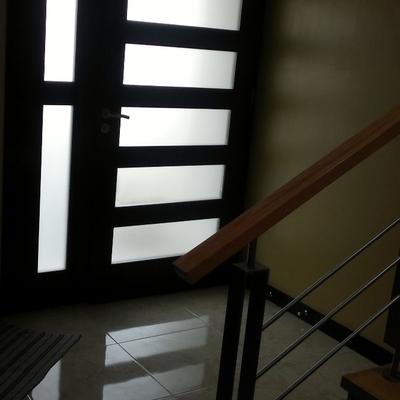 Puertas economicas de madera gallery of puertas plegables for Puertas economicas