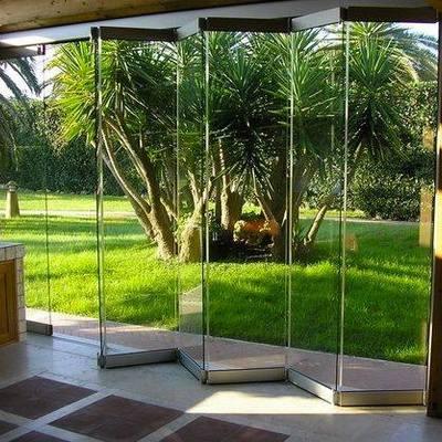 Puertas plegables en cristal templado