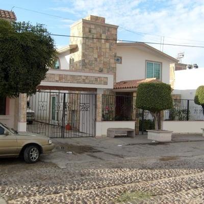 Residencia, Las Quintas