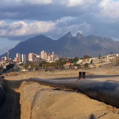 RIO SANTA CATARINA EN SAN PEDRO GARZA GARCIA.