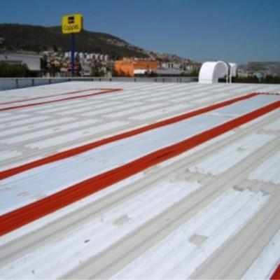 Impermeabilización en Naves Industriales