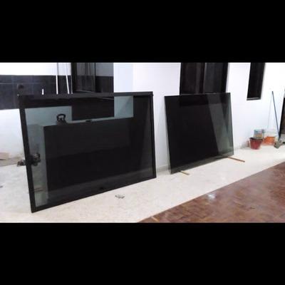 Canceleria de aluminio serie española 1400