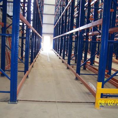 Nave industrial de almacenamiento