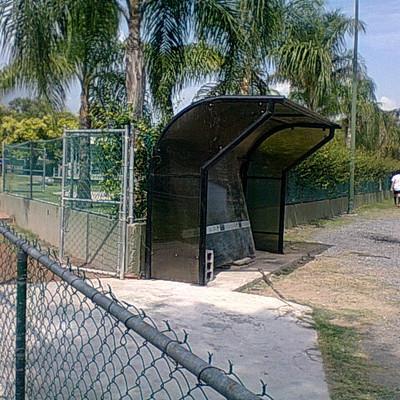 Techumbre en canchas de futbol col. del Valle San Pedro